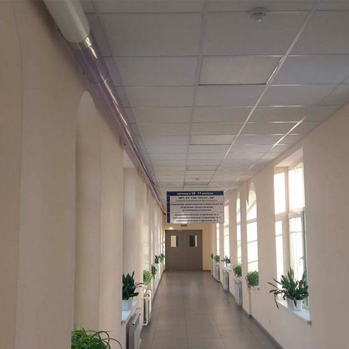 Путевая трасса системы пневмопочты Swisslog 160 мм в клинике